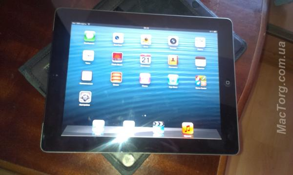 Apple iPad 2 Wi-Fi 3G 64GB. Киев
