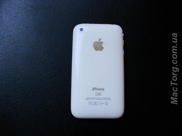 iPhone 3 on 32 Gb белый. Днепропетровск